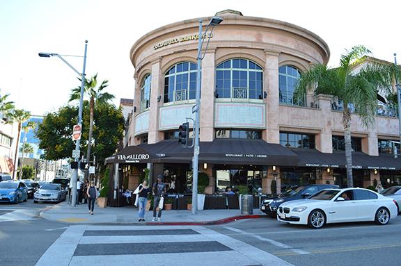 Beverly Hills servizio di incontri come utilizzare RV full sesso